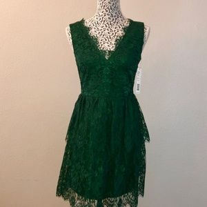 NWT Gianni Bini Emerald Green Bella Lace Dress